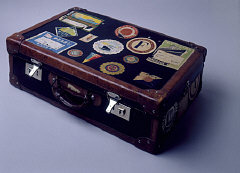 Suitcase belonging to a Polish Jewish refugee (exte...