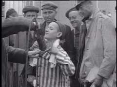US soldiers care for Dachau survivors