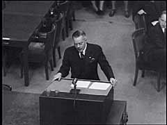 Pengadilan Einsatzgruppen: Hakim Jackson menceritakan...
