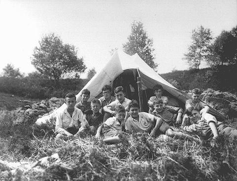 The Reich Union of Jewish Frontline Soldiers organized summer camps and sports activities for Jewish children. Germany, between 1934 and 1936.