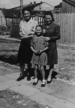 Laura Schwarzwald, her daughter Selma, and Laura's sister, Adela Litwak, in Busko-Zdroj. Poland, 1947.