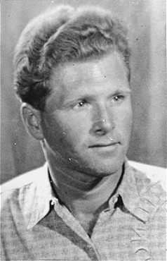 Aart Bouter, a Jehovah's Witness, was arrested by the Dutch police and deported to Sachsenhausen concentration camp. The Netherlands, 1946–1947.
