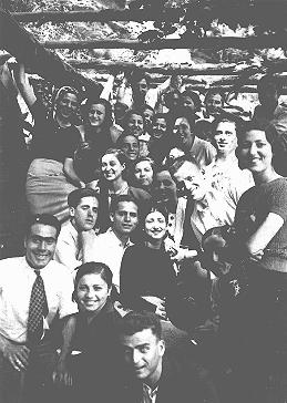 A gathering of Jewish youth from Rhodes. Rhodes, between 1940 and 1944.