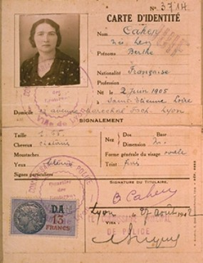 """Identification card of Berthe Levy Cahen, issued by the French police in Lyon, stamped """"Juif"""" (""""Jew""""). France, August 7, 1942."""