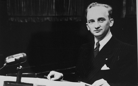 Chief Prosecutor Benjamin Ferencz at the Einsatzgruppen Trial.