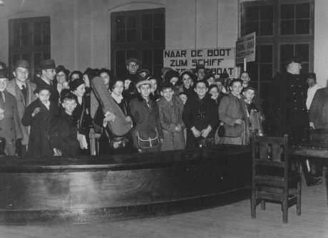 Niños judíos refugiados de la Alemania nazi. Países Bajos, 12 de febrero de 1938.