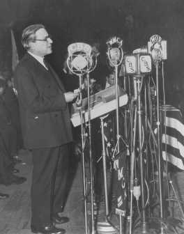 Stephen S. Wise, later to become president of the World Jewish Congress, speaks at an anti-Nazi rally at Madison Square Garden. New York, United States, March 27, 1933.