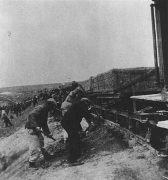 Prisoners of the Stupki forced-labor camp for Jews in the Generalgouvernement. Stupki, Poland, 1941-1942.