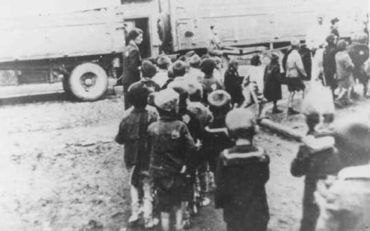 "Deportation of Jewish children from the Lodz ghetto, Poland, during the ""Gehsperre"" Aktion, September 1942."