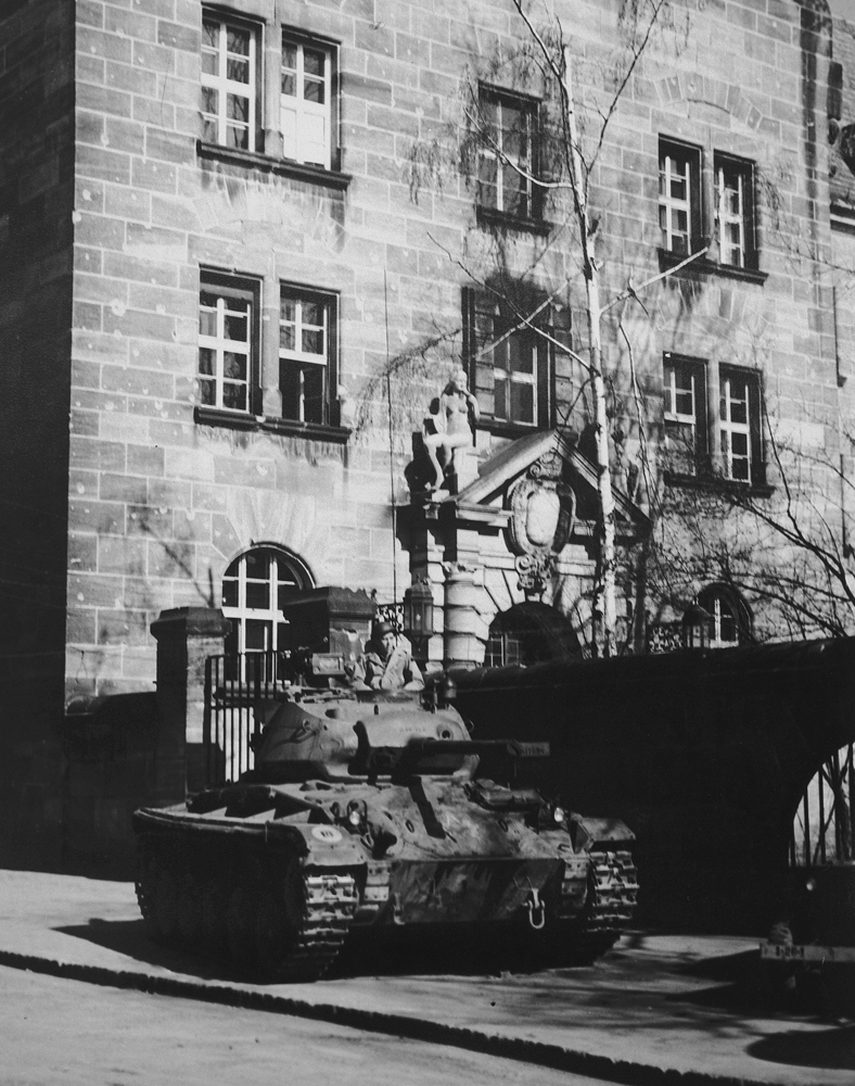 A tank guards the entrance to the Palace of Justice in Nuremberg.