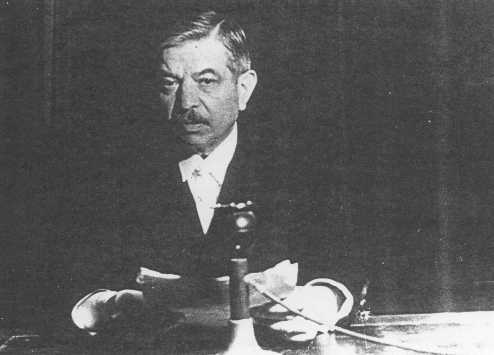 Pierre Laval, chef du gouvernement de Vichy en France et collaborateur des nazis. France, date incertaine.