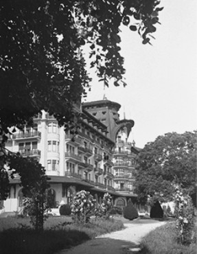The Hotel Royal, site of the Evian Conference on Jewish refugees from Nazi Germany. Evian-les-Bains, France, July 1938.