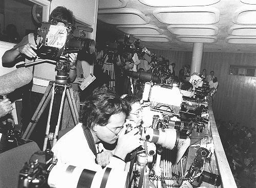 Miembros de la prensa en el juicio a John Demjanjuk. Jerusalén, Israel, 18 de marzo de 1987.