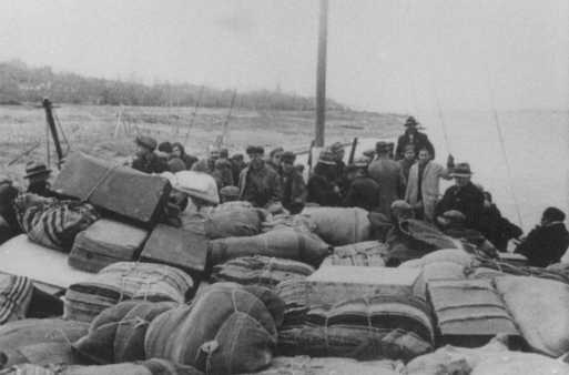 Scene during the deportation of Jews from Thrace to the Treblinka killing center. Lom, Bulgaria, March 1943.