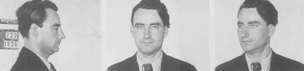Fotos de identificación de un barman de Duisburg que fue arrestado por homosexualidad. Duisburg, Alemania, 27 de agosto de 1936.