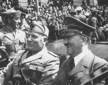 Axis leaders Adolf Hitler and Italian prime minister Benito Mussolini meet in Munich, Germany, 1940.