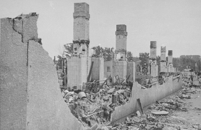 Ruins of a building in the Kovno ghetto gutted when the Germans attempted to force Jews out of hiding during the final destruction of the ghetto. Photographed by George Kadish. Kovno, Lithuania, August 1944.