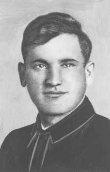 Portrait of Asael Bielski, a founder of the Bielski brothers' Jewish partisan unit in Naliboki forest. He was killed on the Soviet front in 1944. Novogrudok, Poland, before 1941.