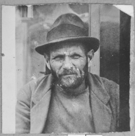 Portrait of Mordechai Mishulam. He was a dealer of second-hand items. He lived at Zmayeva 23 in Bitola.
