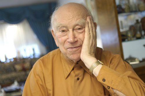 2004 portrait of Norman Salsitz.