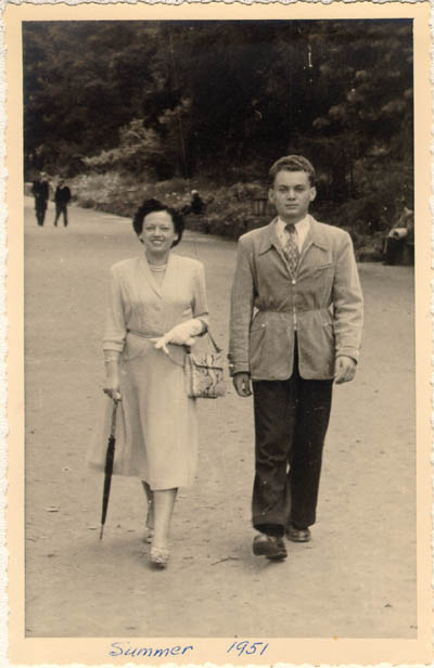 Thomas with his mother, Gerda, before Thomas's departure for the United States. Bad Neuheim, Germany, summer 1951.