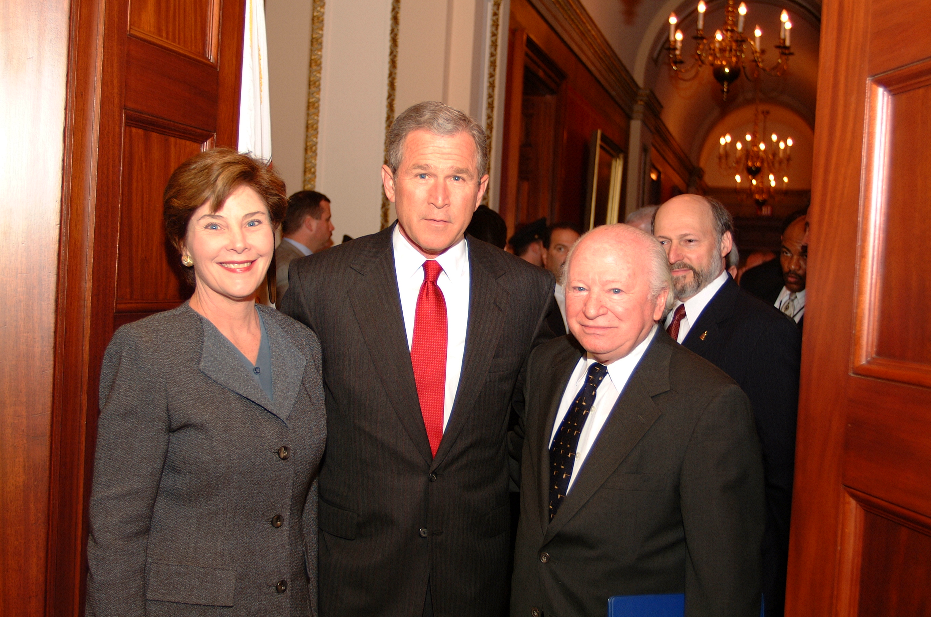 Laura Bush, George Bush, and Benjamin Meed during the Days of Remembrance 2001.