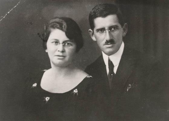 Regina's parents, Pola and Isak. Poland, ca. 1934.