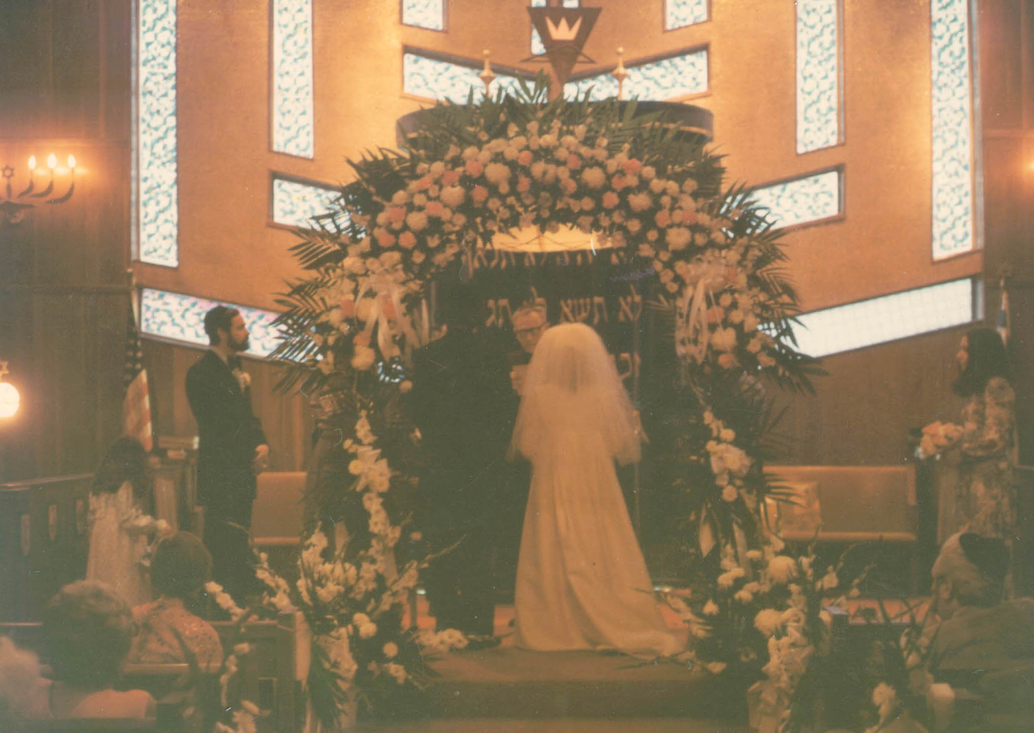 Wedding of Blanka's daughter, Shelly, in 1974 at a temple in New York.