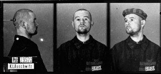Photos d'identité d'un détenu homosexuel arrivé à Auschwitz...