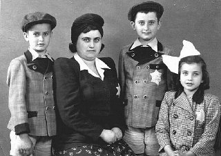 Portrait of members of a Hungarian Jewish family.
