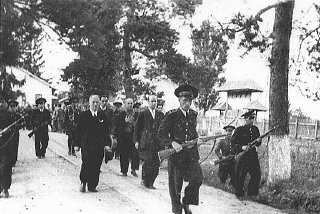 Former Romanian prime minister Ion Antonescu being led to his execution.