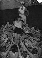 Membres d'une organisation de jeunes filles nazies...