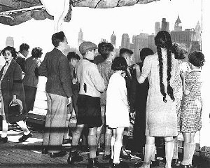 A group of German and Austrian Jewish refugee children arrives in New York.