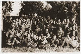 Group portrait of Jewish displaced youth at the OSE...