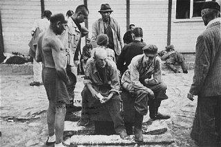 Survivants du camp de concentration de Mauthausen.