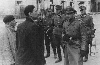 Il comandante delle SS e alto ufficiale di Polizia...