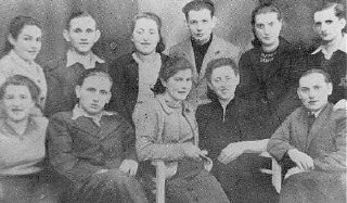 Portrait of Jewish partisans. Bedzin ghetto, Poland...