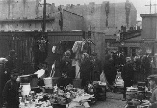 Scene in the Lodz ghetto marketplace.