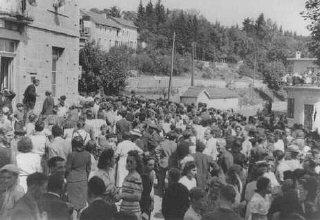 Residentes del pueblo de Le Chambon-sur-Lignon, cuya...