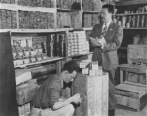 Morris Laub (right), Joint Distribution Committee director...