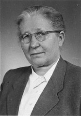 Hilda Kusserow, a Jehovah's Witness, was imprisoned...