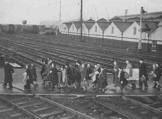 Jewish refugee children, part of a Children's Transport...