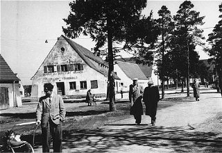 Street scene in the Foehrenwald displaced persons c...