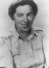 Haviva Reik, a parachutist from Palestine, before her...