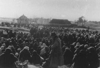 Over one thousand Jews from the Ukrainian town of Lubny...
