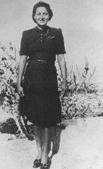 La paracadutista ebrea Hannah Szenes il suo primo giorno...
