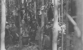 Partigiani ebrei, sopravvissuti alla rivolta del ghetto...