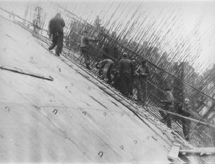 Prisoners at forced labor constructing the new Dachau...