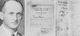 Photo d'Adolf Eichmann prise après-guerre avec sa fausse...