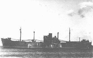 """Le """"Gotenland"""", l'un des bateaux utilisés pour déporter..."""